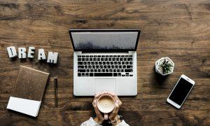 Menulis di blog menyenangkan dan menghasilkan